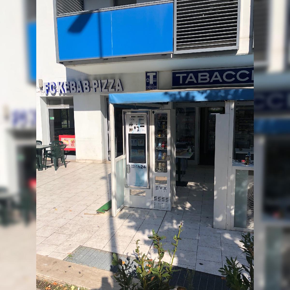 Distributore automatico di sigarette EVX Luna +Plus + FRIIGO (2)
