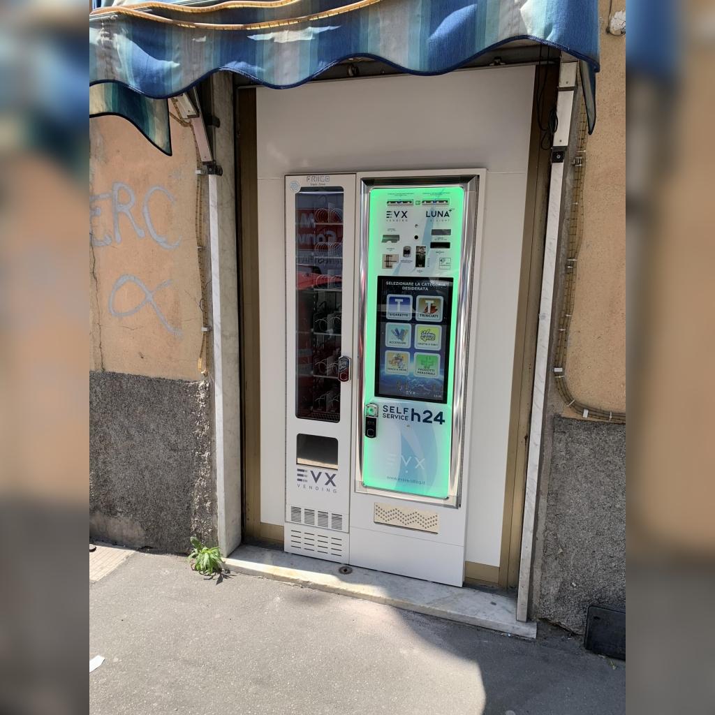 Distributore automatico di sigarette EVX Luna +Plus con Friigo