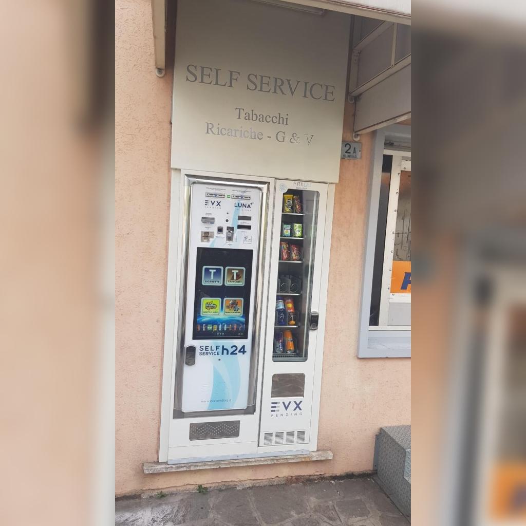 Distributore automatico di sigarette EVX Luna +Plus e Friigo