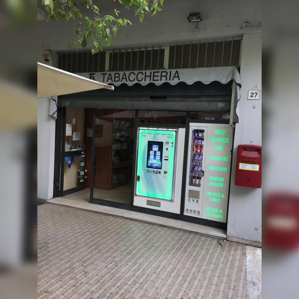 distributore-automatico-sigarette-evx-giove-plus-friigo-1
