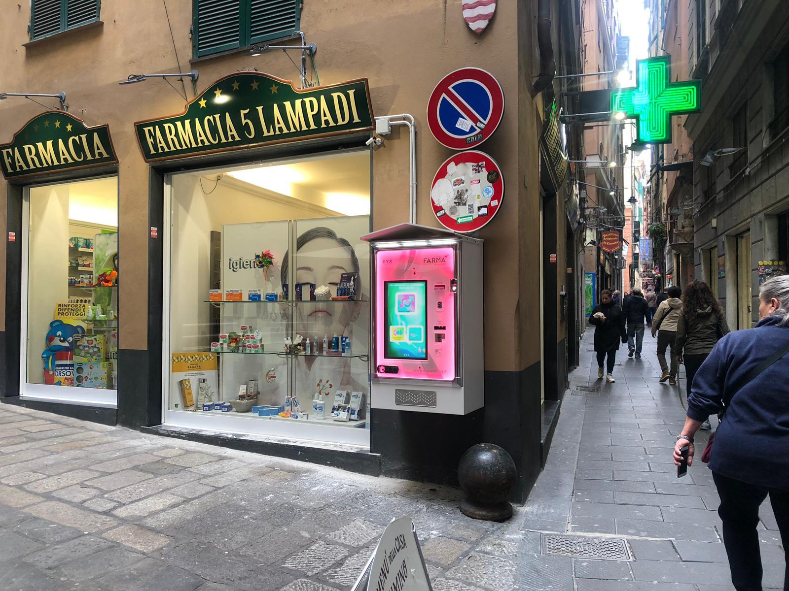 distributore-farmacie-venus_farma_plus-evx-esterna_appesa-pink