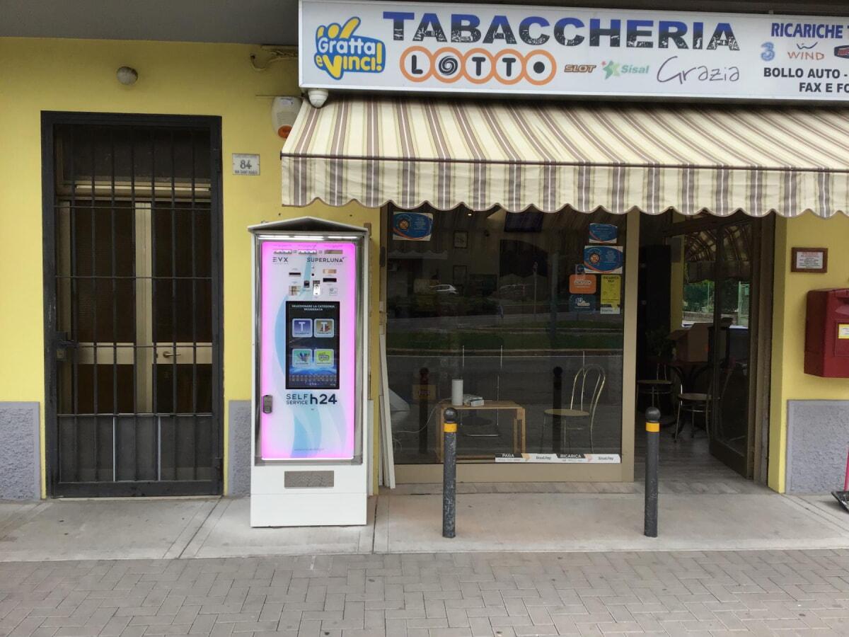 distributore-automatico-sigarette-evx-superluna_+plus (42)