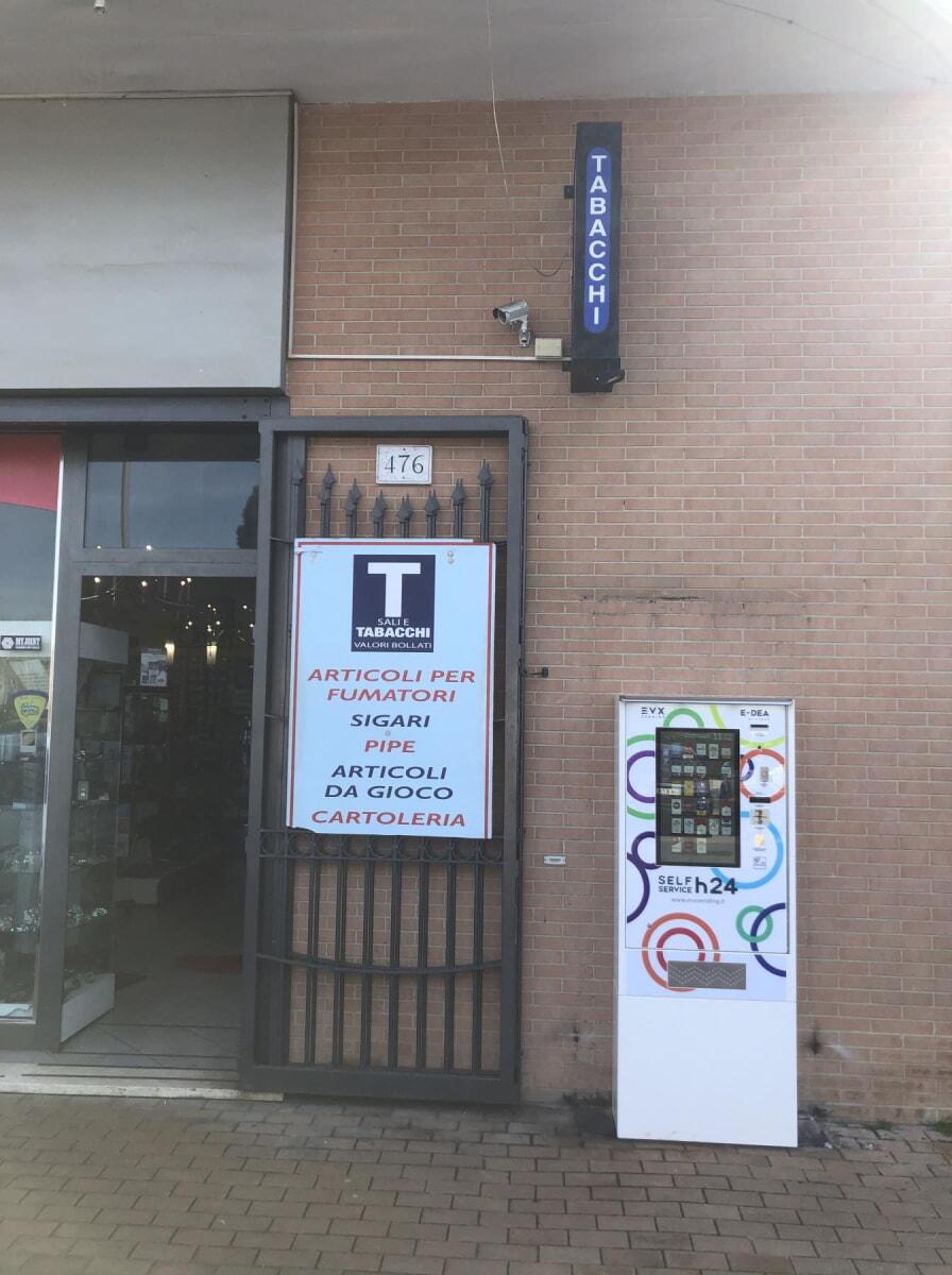 distributore-automatico-sigarette-evx-edea_+plus